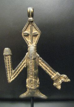 Africa | Anthropomorphic Pendant from the Akan people of Ghana | Brass-Bronze | 20th century | 9,000£