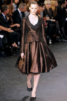 Louis Vuitton Fall 2010 Ready-to-Wear Fashion Show - Sara Blomqvist