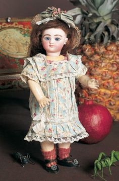 "View Catalog Item - Theriault's Antique Doll Auctions - tiny 8.5"" steiner"