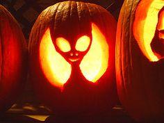 1000 images about jack o lantern ideas on pinterest for Alien pumpkin pattern