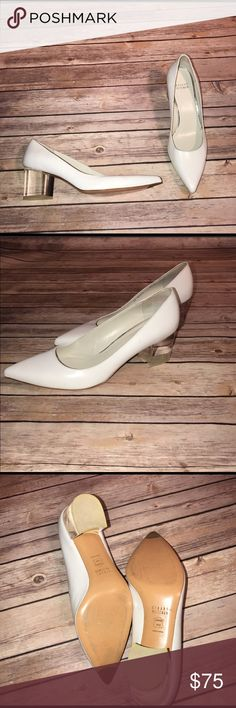 Stuart weitzman first class heel (8.5) White Stuart weitzman pointy toe shoe with a clear chunky heel. These are a size 8.5. These have a small flaw on the back where the heel is as shown in photos. Stuart Weitzman Shoes Heels