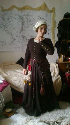 15th century women's dresses from Bohemia by Gaome-Jenkins
