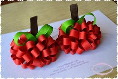 Items similar to Set of Two Apple Loopy Puff Bows Fall Autumn Back to School OOAK on Etsy Ribbon Hair Clips, Ribbon Art, Diy Hair Bows, Diy Bow, Ribbon Crafts, Ribbon Bows, Ribbons, Baby Band, Ribbon Sculpture