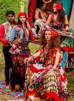 look-book-20_as01 Gipsy Fashion, Tribal Fashion, Gypsy Style, Hippie Style, Boho Hippie, Bohemian Costume, Gypsy Women, Gypsy Life, Carnival Costumes