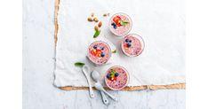 Pinkki & suloinen mantelismoothie Roasted Almonds, Blenders, Dairy Free Recipes, Bulgaria, Romania, Free Food, Israel, Smoothies, Belgium