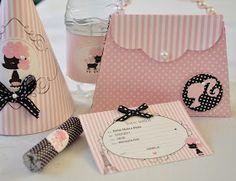 Estamos trabalhando com muito carinho na festinha da Isabela, filhinha de nossa amiga Rubia. O convite é esta bolsinha de papel e scra...