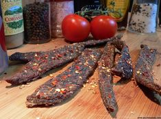 How to make your own delicious spicy biltong chili bites (peri-peri sticks) at home. Easy quick recipe for a South African Favorite! Dutch Oven Recipes, Quick Recipes, Quick Easy Meals, Peri Peri Recipes, Salted Caramel Fudge, Salted Caramels, Jerky Recipes, Korean Beef, South African Recipes