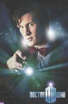 TV posters - Doctor Who posters: Dr Who poster featuring Matt Smith as the eleventh incarnation of The Doctor. This Doctor Who poster features the new Dr Who logo and Matt Smith holding his sonic screwdriver. Official Doctor Who poster. Doctor Who Tv, 11th Doctor, Doctor Who Poster, Matt Smith Doctor Who, David Tennant, Desenhos Doctor Who, Science Fiction, The Eleven, Cinema