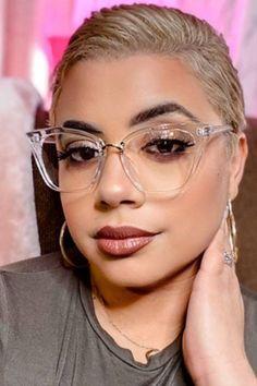 #women#zeeloool#charming Nice Glasses, Girls With Glasses, Clear Glasses Frames Women, Cynthia Bailey, Glasses Trends, Short Hair Model, Dip Dye Hair, Fashion Eye Glasses, Retro Sunglasses