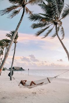 The most detailed travel guide about the Maldives for every budget! Learn everything about the Maldives and plan your the best vacation! Visit Maldives, Maldives Travel, Maldives Honeymoon, Beach Aesthetic, Travel Aesthetic, Places To Travel, Travel Destinations, Places To Visit, Wanderlust Travel
