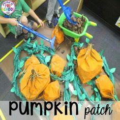 Pumpkin Patch Dramatic Play (act out the life cycle of a pumpkin): How to set it up in your preschool, pre-k, tk, and kindergarten classroom Fall Preschool, Kindergarten Classroom, Preschool Ideas, Reggio Classroom, Preschool Halloween, Kindergarten Centers, Halloween Activities, Halloween 2020, Halloween Crafts