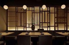 울산•부산인테리어 티디컴퍼니/ 틀을 깬 Design 이자카야 인테리어 술집인테리어 : 네이버 블로그 Japanese Style House, Japanese Shop, Japanese Modern, Japanese Design, Japanese Restaurant Interior, Chinese Interior, Japanese Interior, Restaurant Bathroom, Deco Restaurant