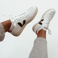 725e2668cc5 Put your feet up with our V-10 Nautico Pekin  veja  vejashoes