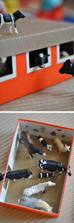 Sehe dir das Foto von BloggerGirl mit dem Titel Einen Stall für die Schleichtiere aus einem Schuhkarton basteln und andere inspirierende Bilder auf Spaaz.de an.