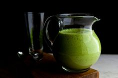 Pear and Arugula Smoothie With Ginger and Walnuts — Recipes for Health - NYTimes.com #VegaSmoothie #BestSmoothie
