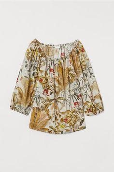 Cotton Puff-sleeved Blouse - Light beige/leaf print - | H&M US 1 Fashion Art, World Of Fashion, Raglan, Khaki Green, Cotton Blouses, Straight Cut, Light Beige, Fashion Company, My Wardrobe