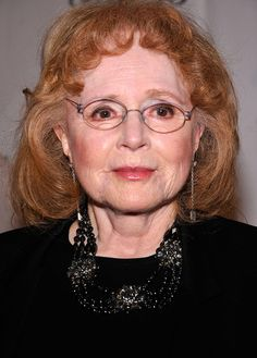 Piper Laurie at age 80 in 2012 Piper Laurie, Twin Peaks, Rory Calhoun, Celebrities Then And Now, Tony Curtis, Go To New York, Famous Women, Famous People, Aged To Perfection