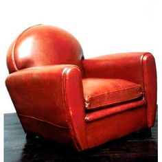 """Old """"fauteuil club"""" by Resonnances."""