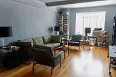Nick Wooster en su apartamento de Christopher Street en Nueva York 1