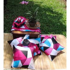 "Lets picnic with ""spectra"" cushion set"