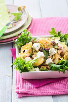 Peruna-fetajuustosalaatti | Salaatit | Pirkka Balela Salad Recipe, Strawberry Crepes, Hawaiian Rolls, Avocado Salat, Potato Pie, Rolls Recipe, Freezer Meals, Bread Baking, Avocado Toast