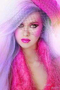 Maquiagem rosa.