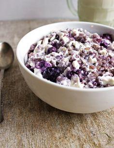 Blueberry Cheesecake Oatmeal {Gluten Free} - Food Faith Fitness