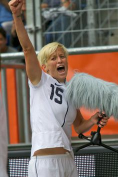 e7148b5cd2b Megan Rapinoe sings  Born in the USA  after scoring against Colombia