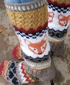 Ravelry: Repolaiset pattern by Mia Sumell Crochet Socks, Knit Crochet, Knit Socks, Easy Knitting, Knitting Socks, Knitting Projects, Knitting Patterns, Woolen Socks, Crochet Chart