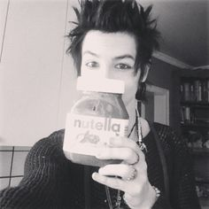 Names Remington! I'm from Canada. I have an unhealthy obsession with nutella... annnd yeah.. Chris is my bestie! Oh, and I'm 19... and in a band... with a bunch of weirdos.