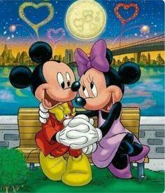 Mickey Mouse loves Minnie Diamond Painting Kit Embroidery Diamond Full Drill Cross Stitch Kit Diamond Mosaic Kids Gift Home Decor Mickey Mouse Pictures, Mickey Mouse Art, Mickey Mouse Wallpaper, Mickey Mouse And Friends, Cute Disney Wallpaper, Walt Disney, Disney Art, Disney Pixar, Disney Characters