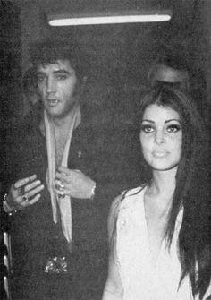 Elvis and Priscilla attend a Barbara Streisands concert in Las Vegas 1969.