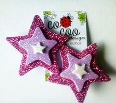 Estrellas coquetas para el cabello Diy Hair Bows, Diy Hair Accessories, Felt Crafts, Diy Hairstyles, Christmas Ornaments, Holiday Decor, Design, Templates, Christmas Stars