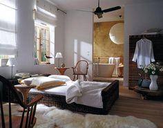 Kombinierte Schlafzimmer Und Badezimmer Mit Rechteck-badewanne One ... Schlafzimmer Und Badezimmer Kombiniert