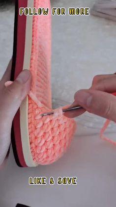 Crochet Boots Pattern, Crochet Motif Patterns, Granny Square Crochet Pattern, Crochet Shoes, Crochet Slippers, Crochet Stitches, Beginner Crochet, Crochet Videos, Crochet For Beginners