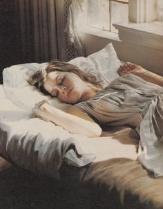 Image about fashion in uyku huzurdur.sleeping Beauty by gєℓαsίηטs