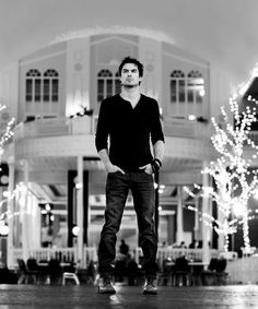 Ian Somerhalder as Damon Salvatore - The Vampire Diaries Ian Somerhalder Vampire Diaries, Vampire Diaries Damon, Vampire Diaries The Originals, Marylin Monroe, Damon Salvatore, Ian And Nikki, Bae, Ian Somerholder, Cw Series