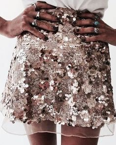 Search for Sequin mini skirt at ASOS. Shop from over styles, including Sequin mini skirt. Discover the latest women's and men's fashion online Sequin Mini Skirts, Sequin Skirt, Gold Skirt, Sequin Outfit, Sparkly Skirt, Glitter Mode, Glamour, Hippie Style, Stil Inspiration