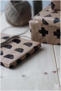 DIY . gift wrap