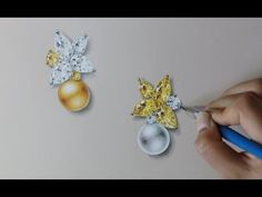 Support my Facebook: www.facebook.com/wooakimdesign Personal webpage: www.wooakimdesign.com This is a drawing tutorial for Classic yellow combo pearl and diamond earring. Visit my page for more designs and videos. Thanks for watching! :)