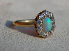 Vintage TIFFANY & Co 18k Gold & Diamond Ring w Beautiful Fire Opal - size 6-3/4
