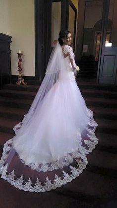 Amanda Wu wearing a wedding gown designed exclusively by Eleganza Sposa #MadetoMeasure #EleganzaSposa #EleganzaIconica #Scotland #weddings #design #MadeinBritain #couture #bespoke #weddingdress #bridaldesigner #bridalboutique #glasgow