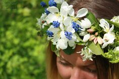wedding bouquet, the handle of a bouquet of the bride, the bride's bouquet, floral crown, Muscari, Apple-tree flowers, spring bouquet