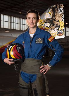 Female Fighter, Fighter Pilot, Fighter Jets, Female Pilot, Female Soldier, Spanish Air Force, Military Girl, Military Women, Girls Uniforms