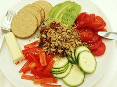 Colourful Lunch. Sliced courgette, tomatoes, sweet red pepper, avocado, Nairn's oatcakes, sheep's cheese, Good4U shoots, sun dried tomatoes and Good4U sunflower seed mix. (from Katherine) Sheep Cheese, Sweet Red Pepper, Sunflower Seeds, Sun Dried, Red Peppers, Cobb Salad, Avocado, Salads, Lunch