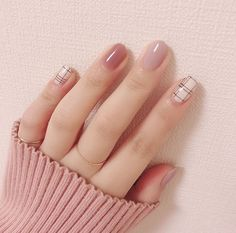 Autumn is the best season for hangout with friends, and you can try some fashional and special nails. Here is a poly gel nail for Autumn for your reference. Nail Art Designs, Short Nail Designs, Acrylic Nails, Gel Nails, Manicure, Marble Nails, Nail Nail, Shellac, Cute Nails