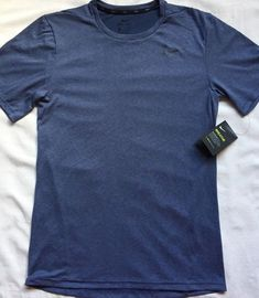 ac72527a6445 NWT Men s NIKE S S Dri-Fit Breathe Training Shirt Blue Short Sleeve Size