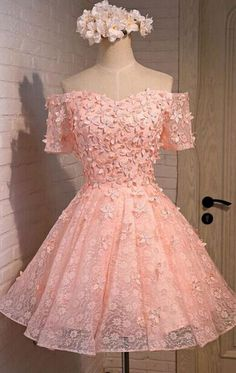 #pink #lace #tulle #short #shortpromdress #homecomingdress #cocktaildresses…