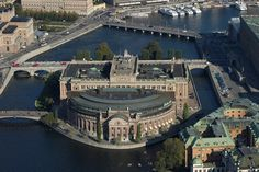 Stockholm-Riksdaghuset (Parlament)-2874639_1200_798.jpg (517×344)