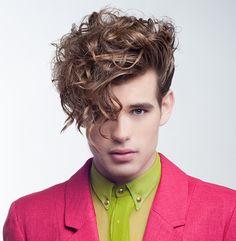 Llongueras. Chicos, vuelve el tupé http://www.bellezaactiva.com/2014/06/27/cabello-hombre/